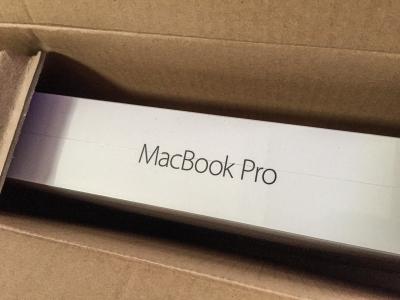 MacBook Pro Box